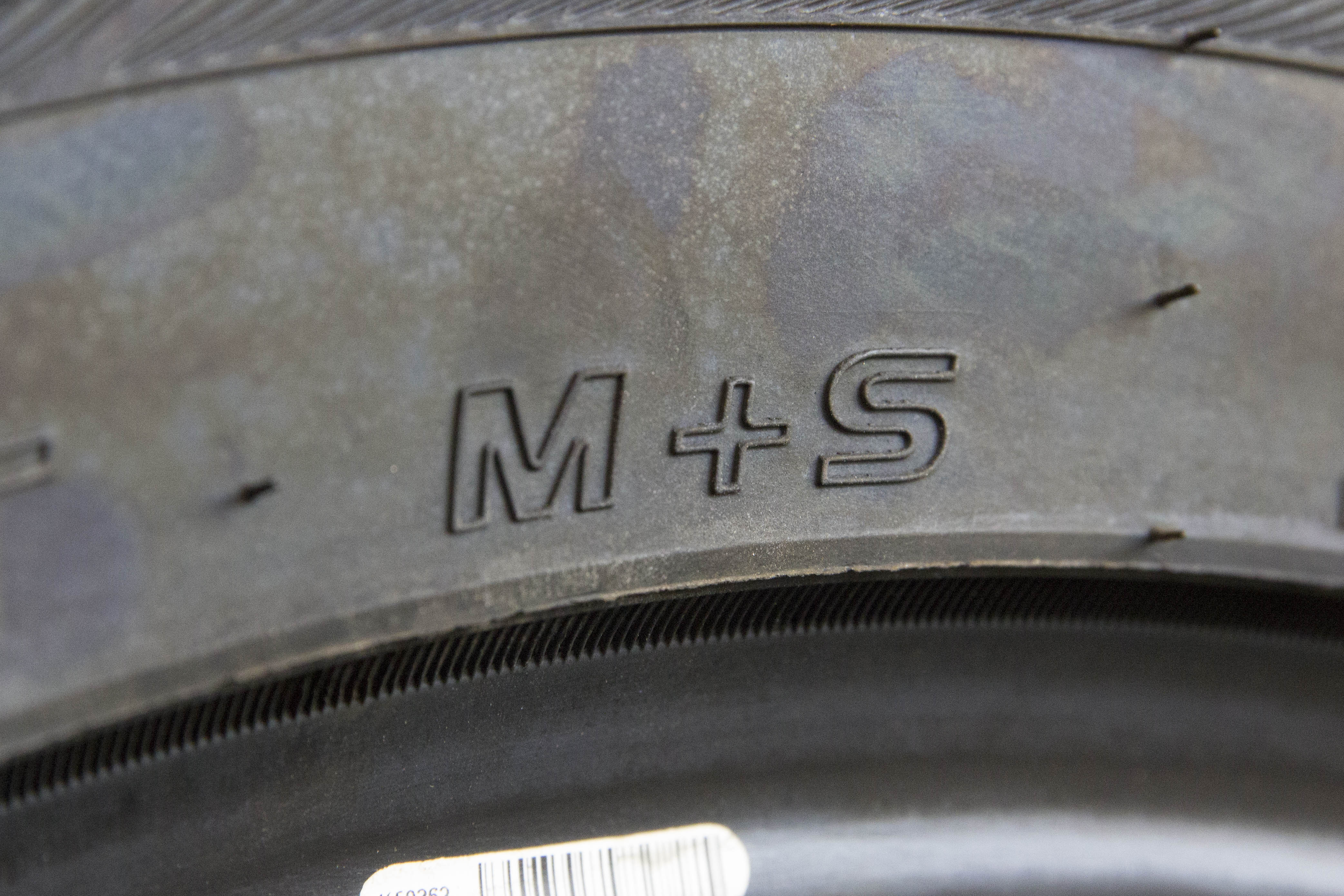 Best Off Road Tire Brand Logo >> What S The Difference Between Winter And Mud Snow Tires